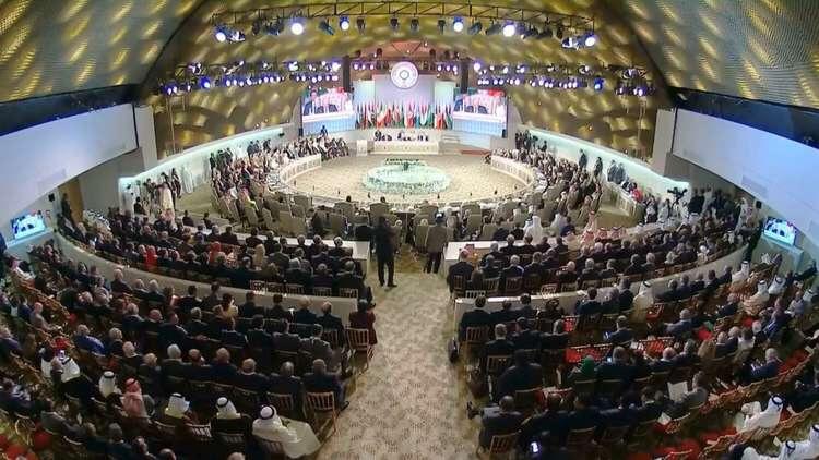 4 مفاجآت شهدتها القمة العربية فيتونس